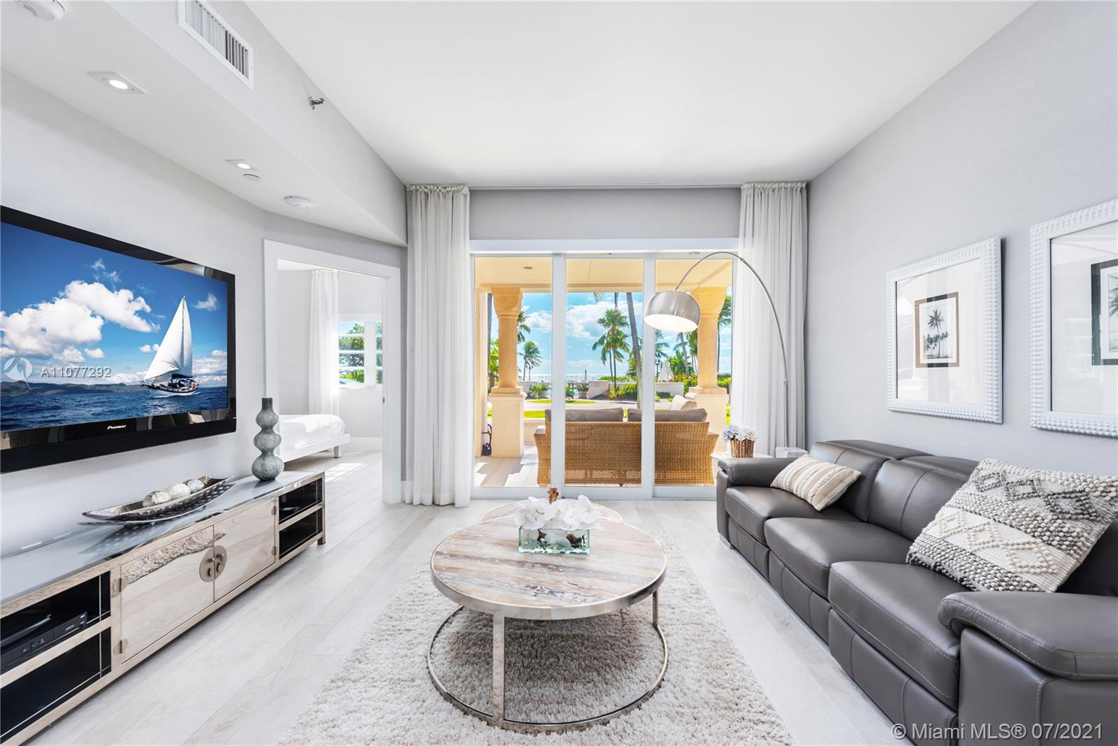 15711  Fisher Island Dr #15711 For Sale A11077292, FL