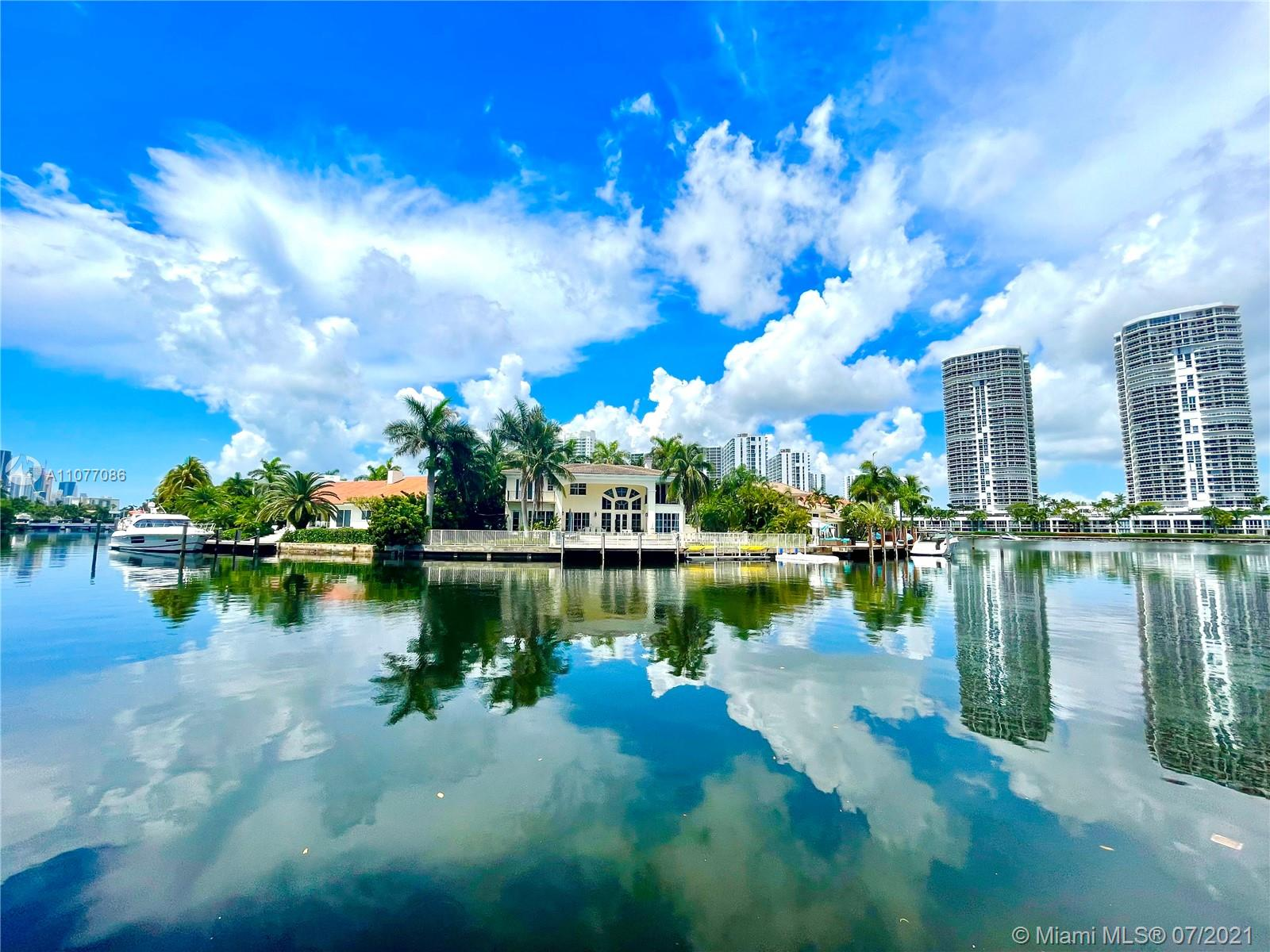 455  Centre Is  For Sale A11077086, FL