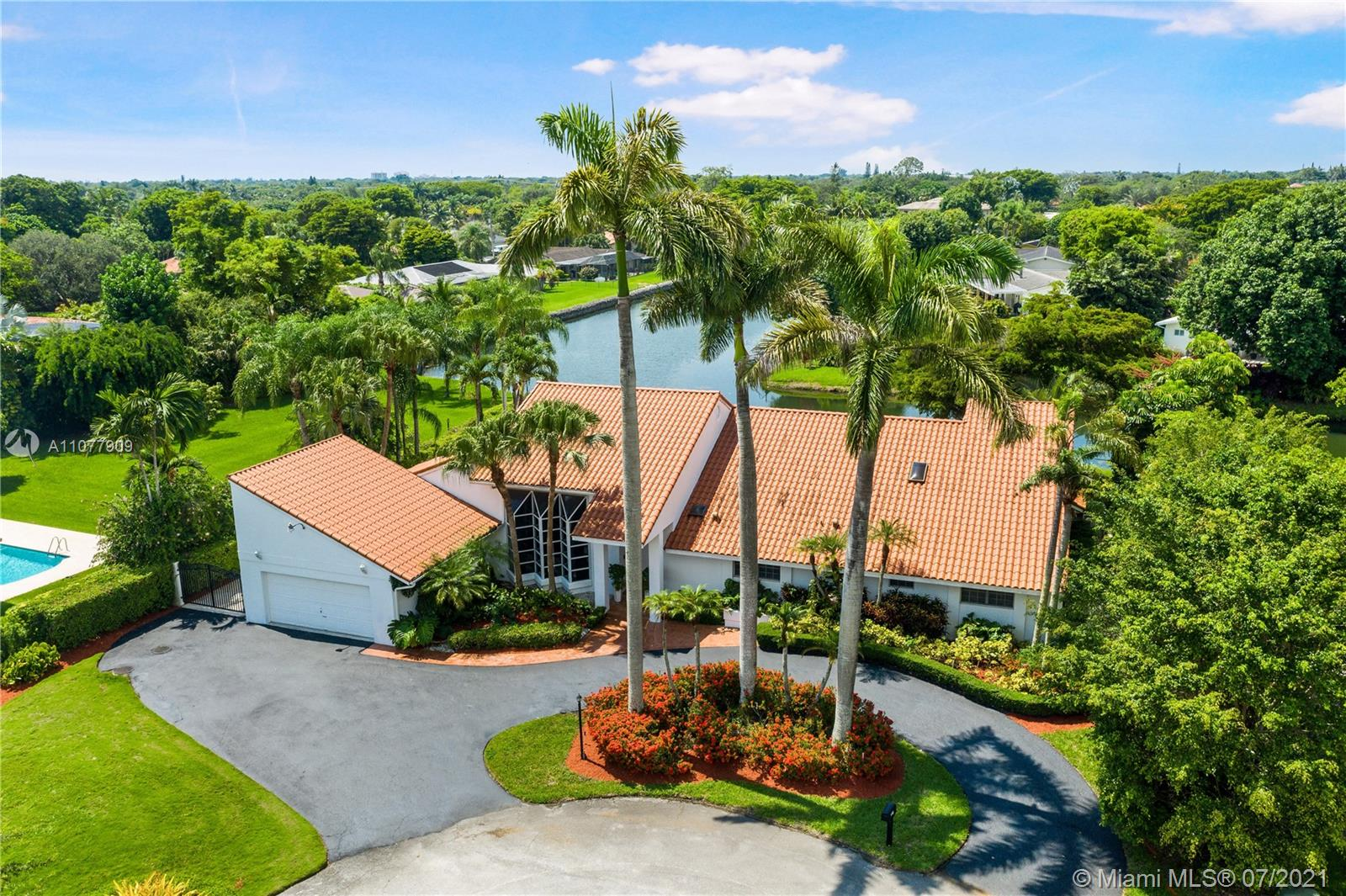 7500 SW 107th St  For Sale A11077909, FL