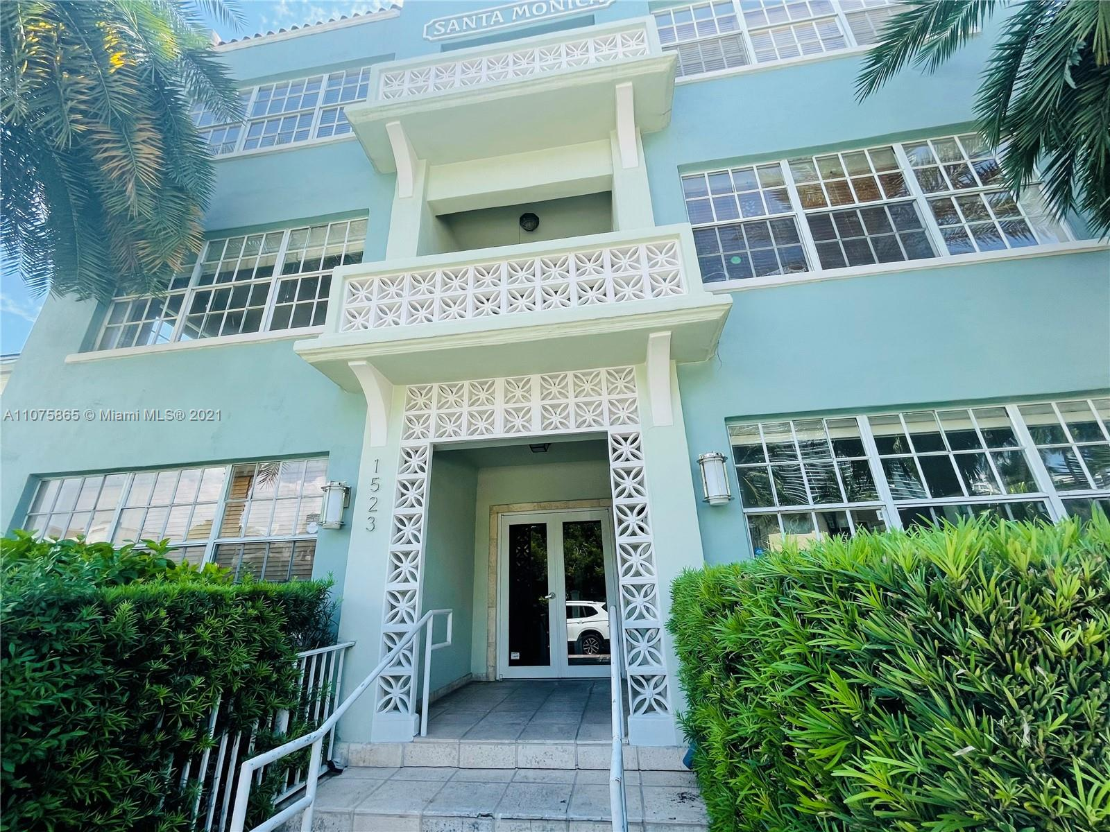 1523  West Ave #204 For Sale A11075865, FL