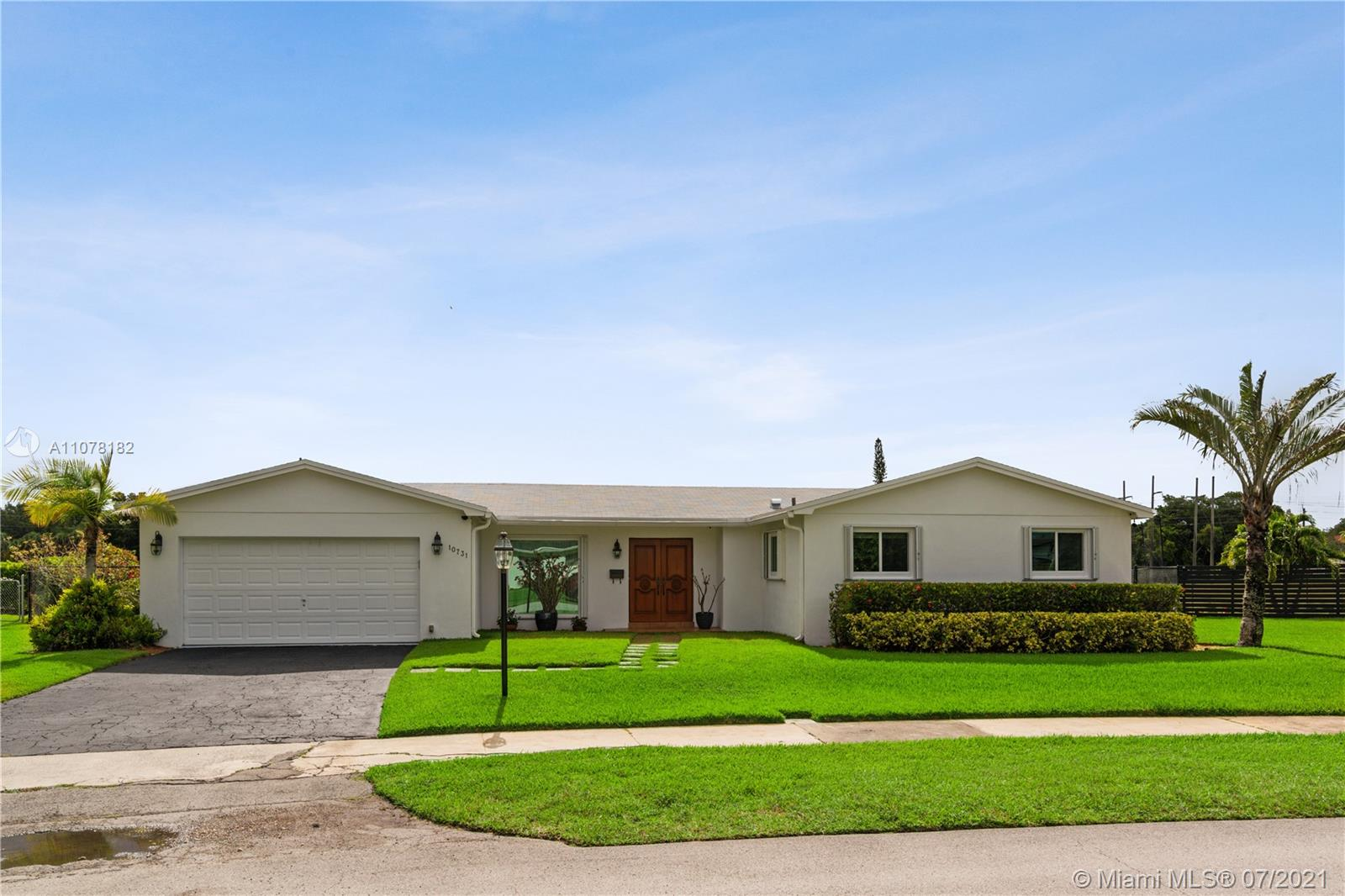 10731 SW 102nd Ave  For Sale A11078182, FL