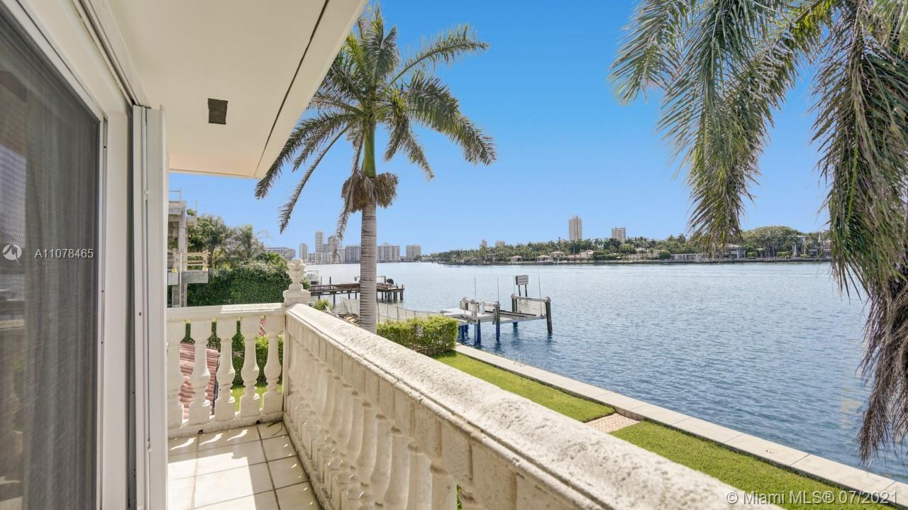 1600  Bay Dr #. For Sale A11078465, FL
