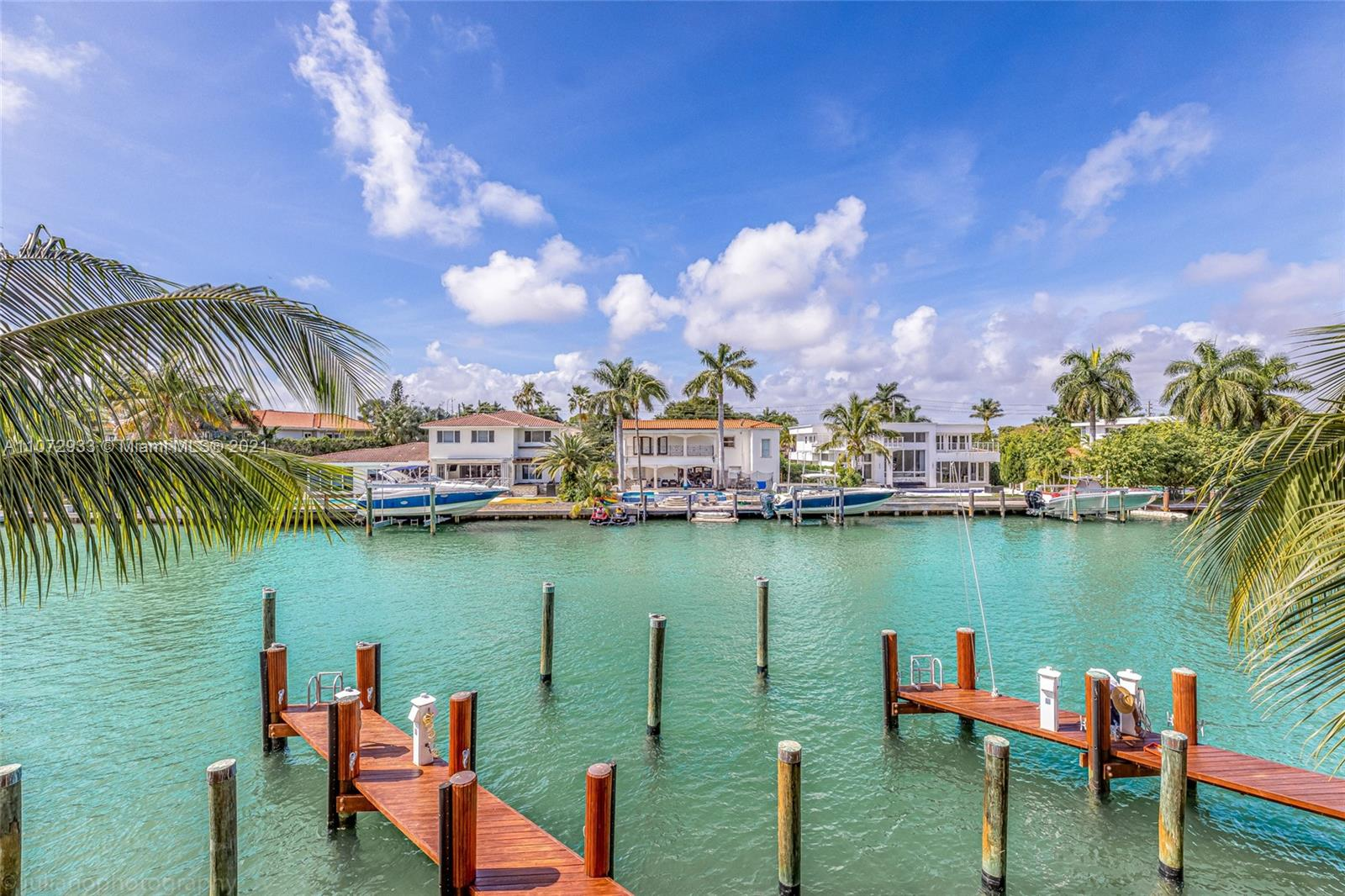 9400 W Bay Harbor Dr #203 For Sale A11072933, FL