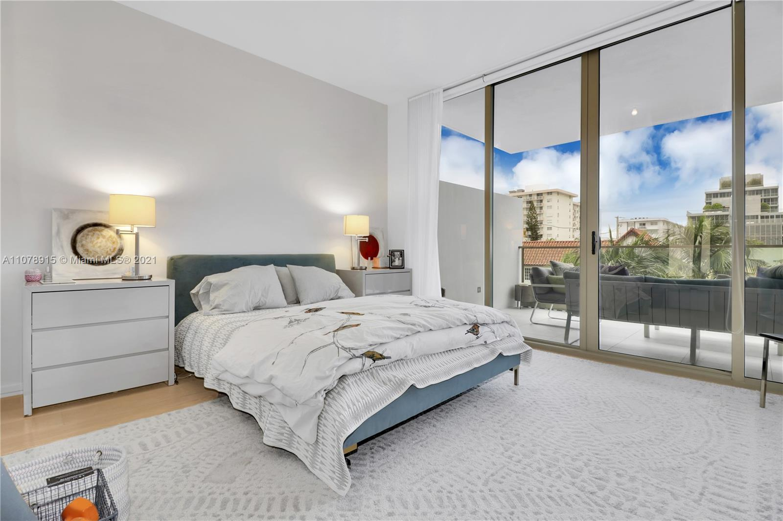 300  Collins Ave #3C For Sale A11078915, FL