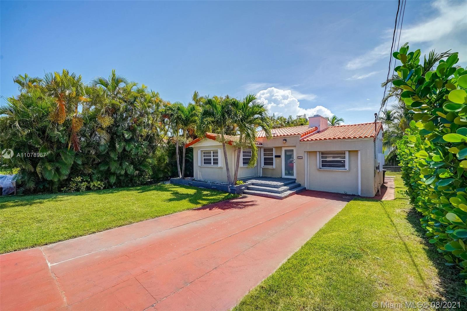9224  Dickens Ave  For Sale A11078967, FL