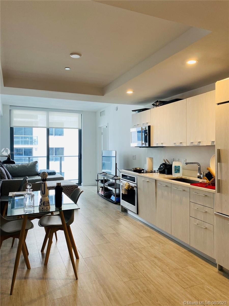 55 SW 9 ST #3909 For Sale A11079198, FL