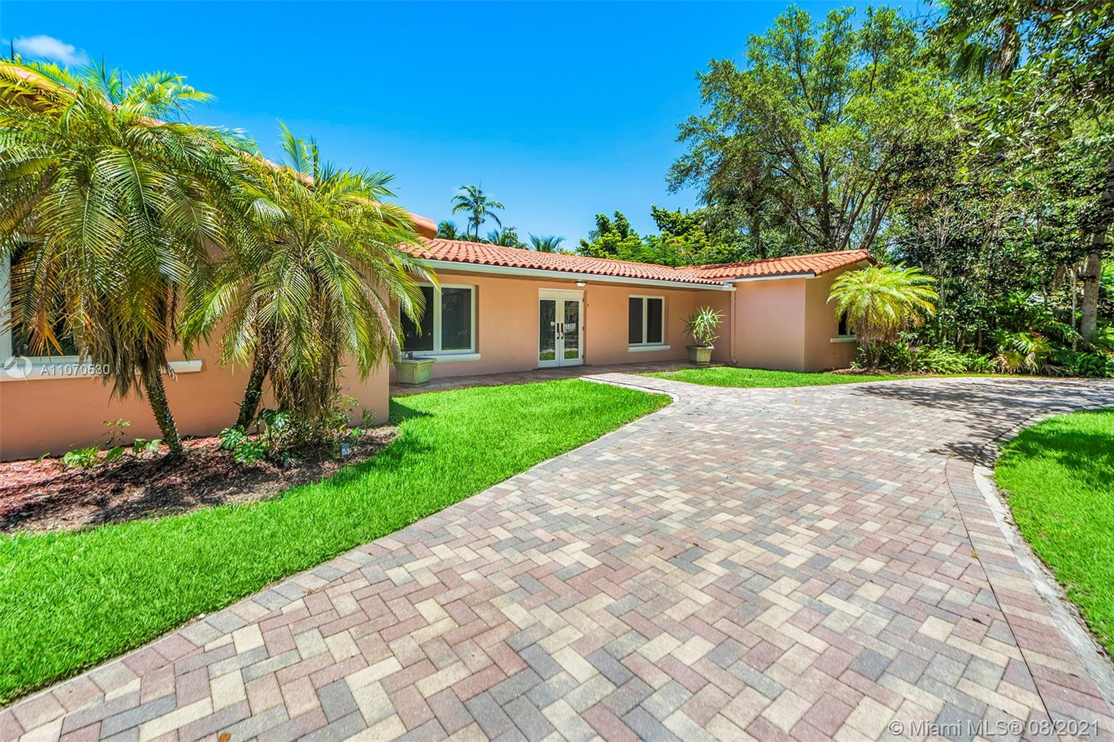 5775 SW 128th St  For Sale A11070530, FL