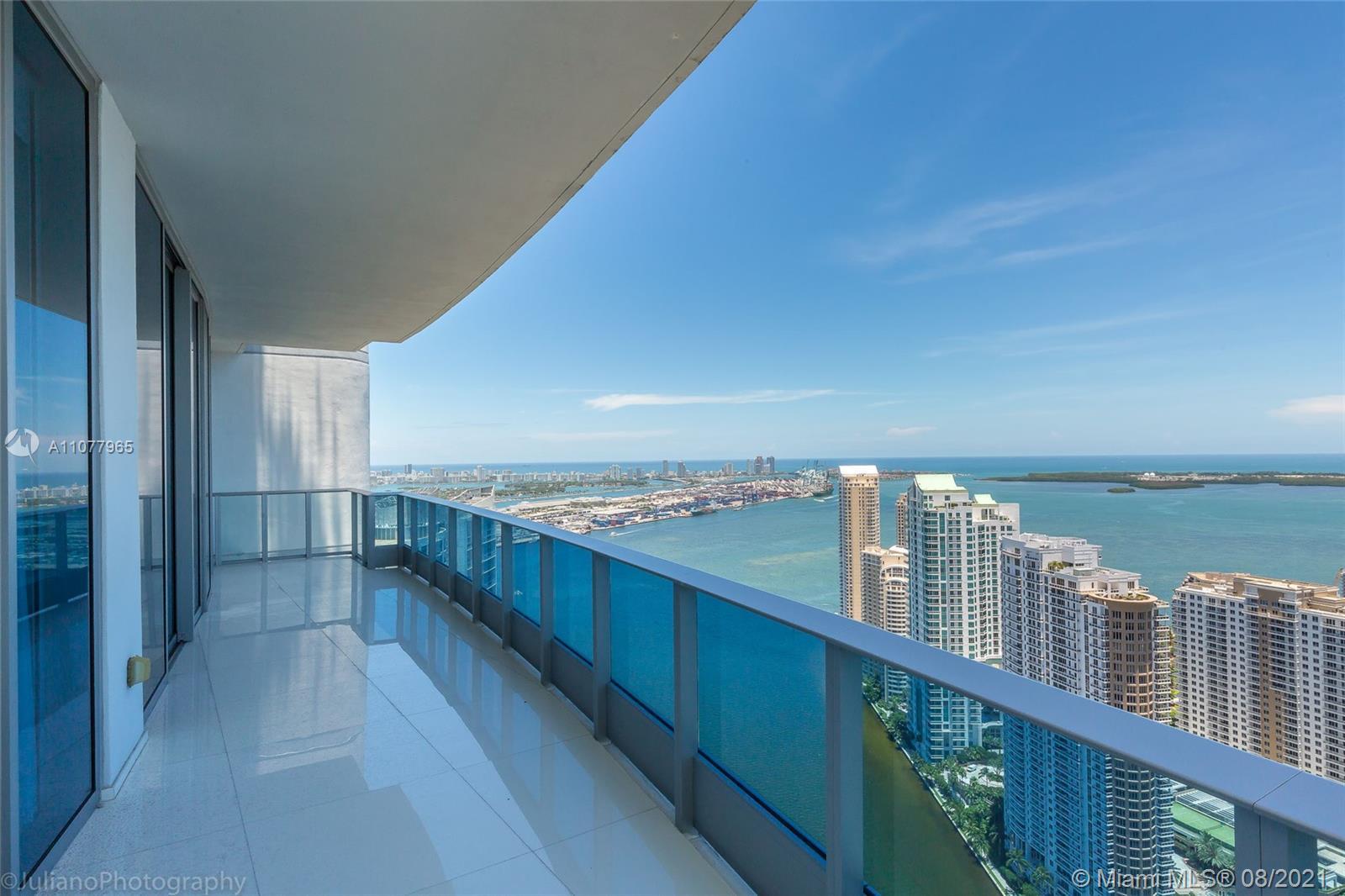 200 Biscayne Blvd Way 5208, Miami, FL 33131