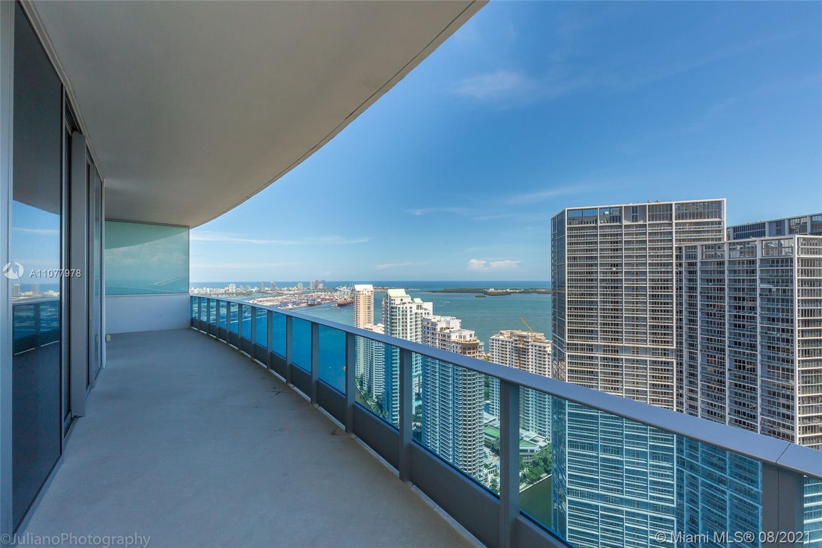 200 Biscayne Blvd Way 5204/5208, Miami, FL 33131