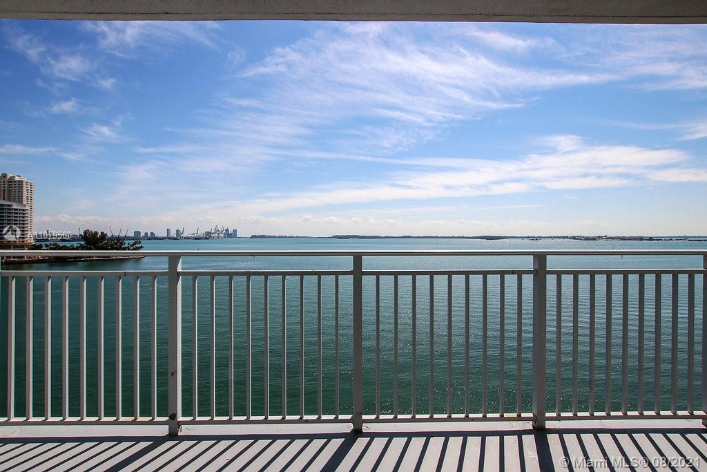 1111  Brickell Bay Dr #2511 For Sale A11079500, FL