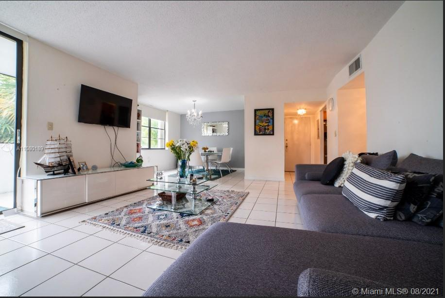 10852 N KENDALL DR. #314 For Sale A11080189, FL