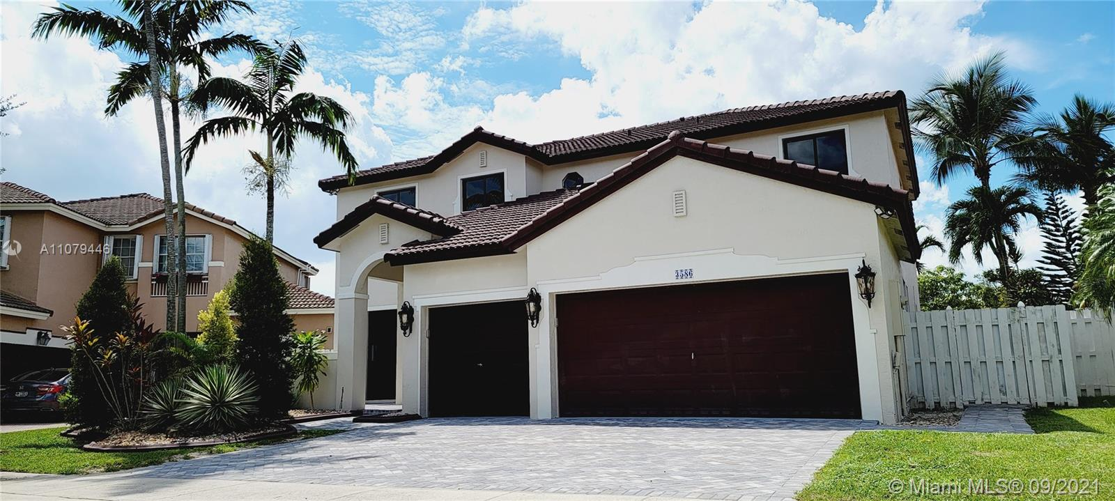 3586 SW 143rd Ave  For Sale A11079446, FL