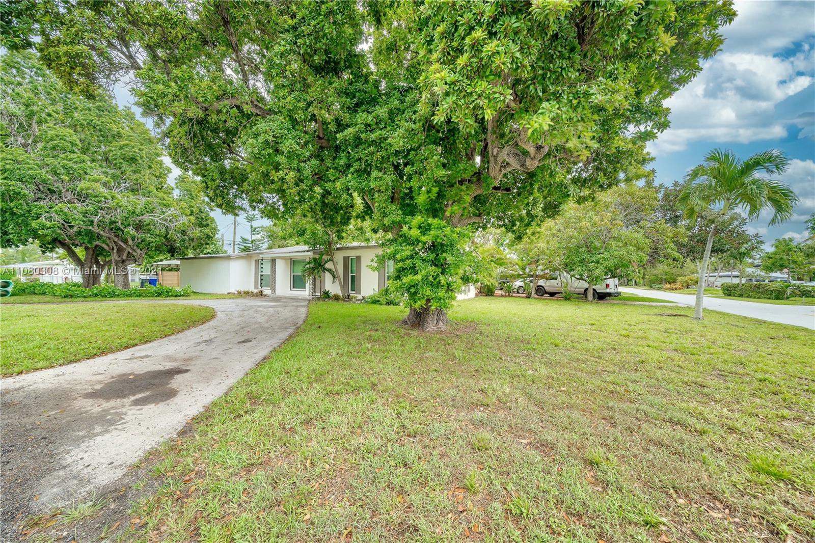 1459  Rodman St  For Sale A11080308, FL