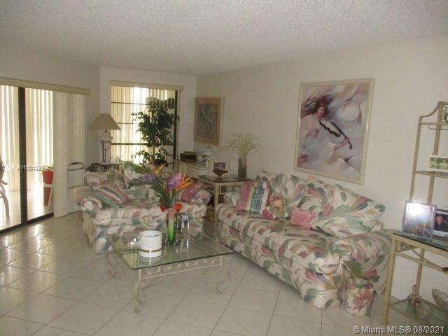 7401 Fairfax Dr Unit 101, Tamarac, Florida 33321