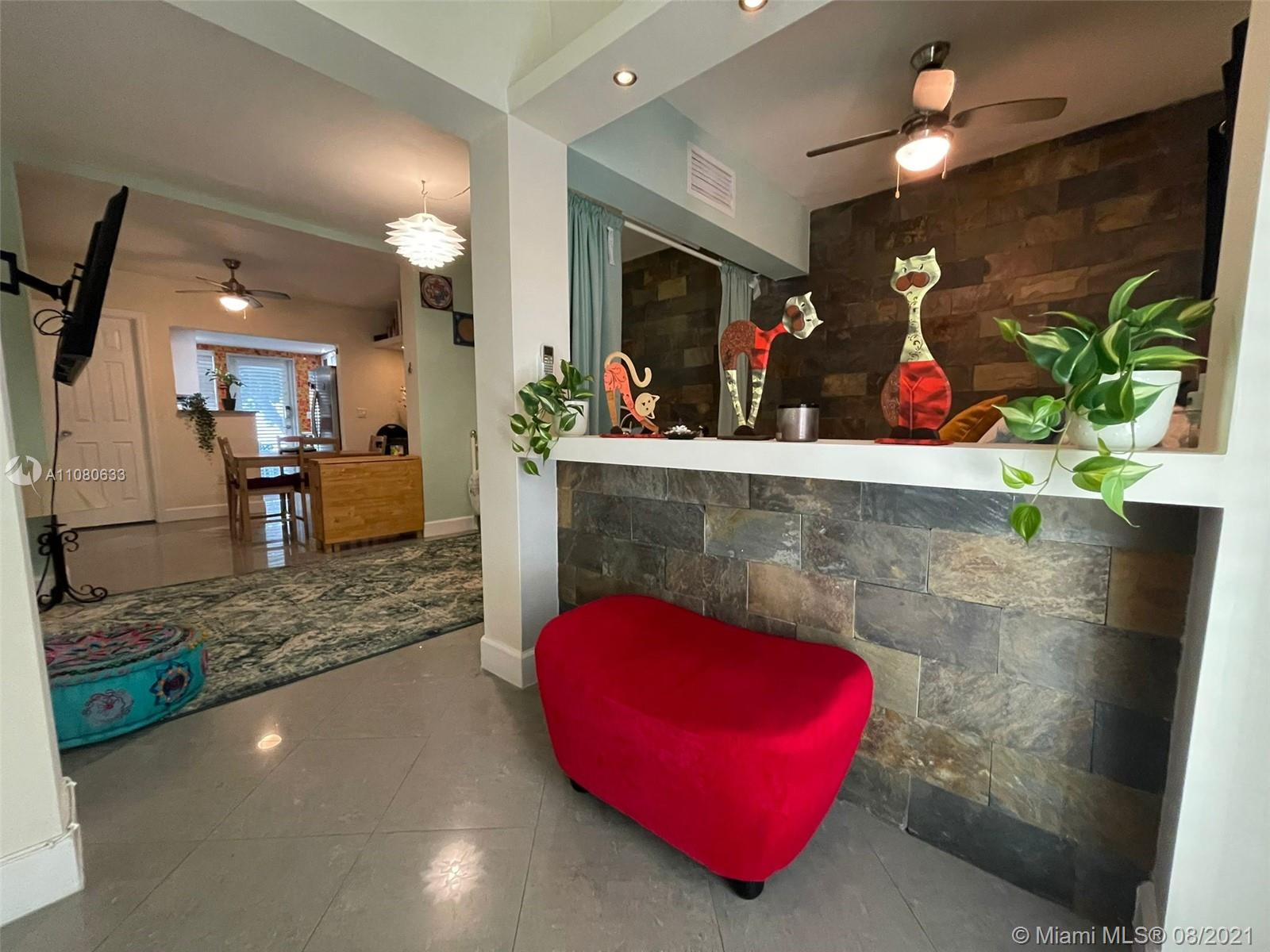 626  Meridian Ave #5 For Sale A11080633, FL