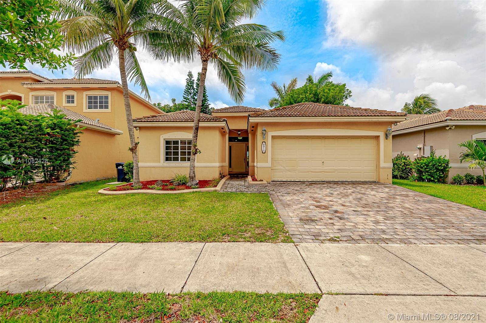 8912 SW 208th Ter  For Sale A11082428, FL