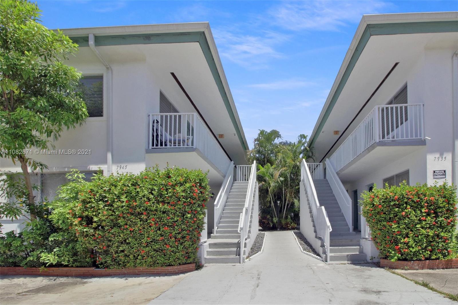 7945  Carlyle Ave #3 For Sale A11082671, FL