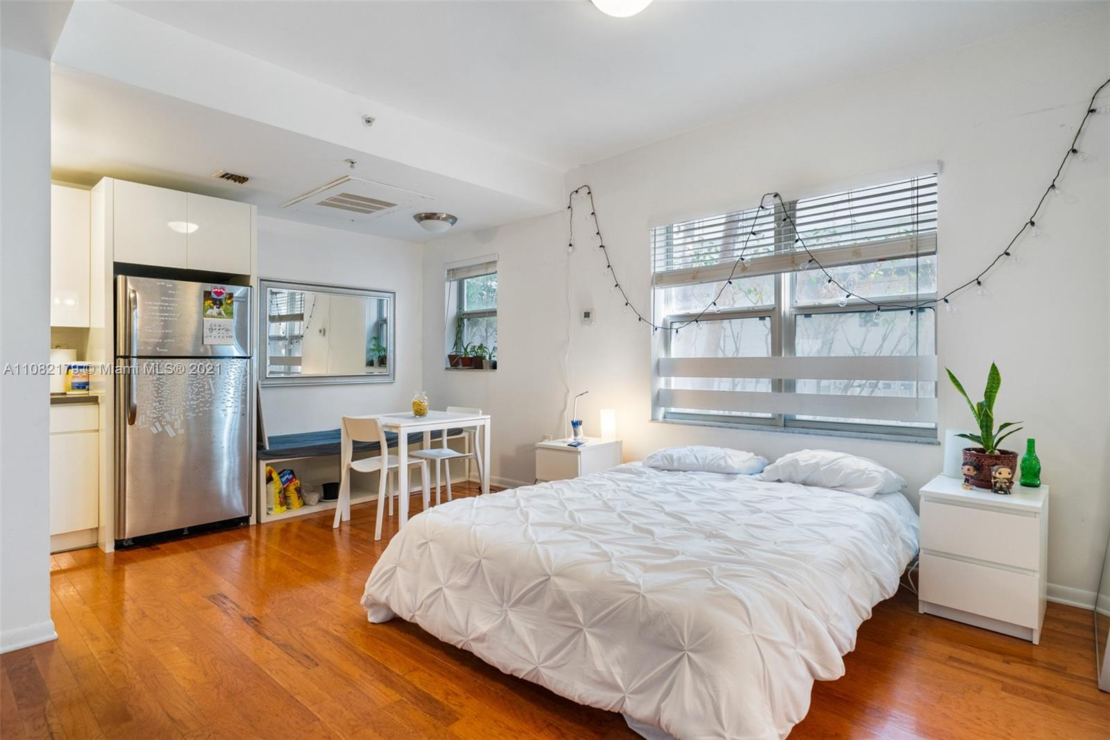1542  Drexel Ave #103 For Sale A11082179, FL