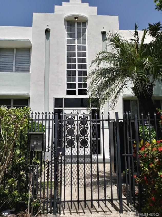 1525  Meridian Ave #203 For Sale A11082065, FL