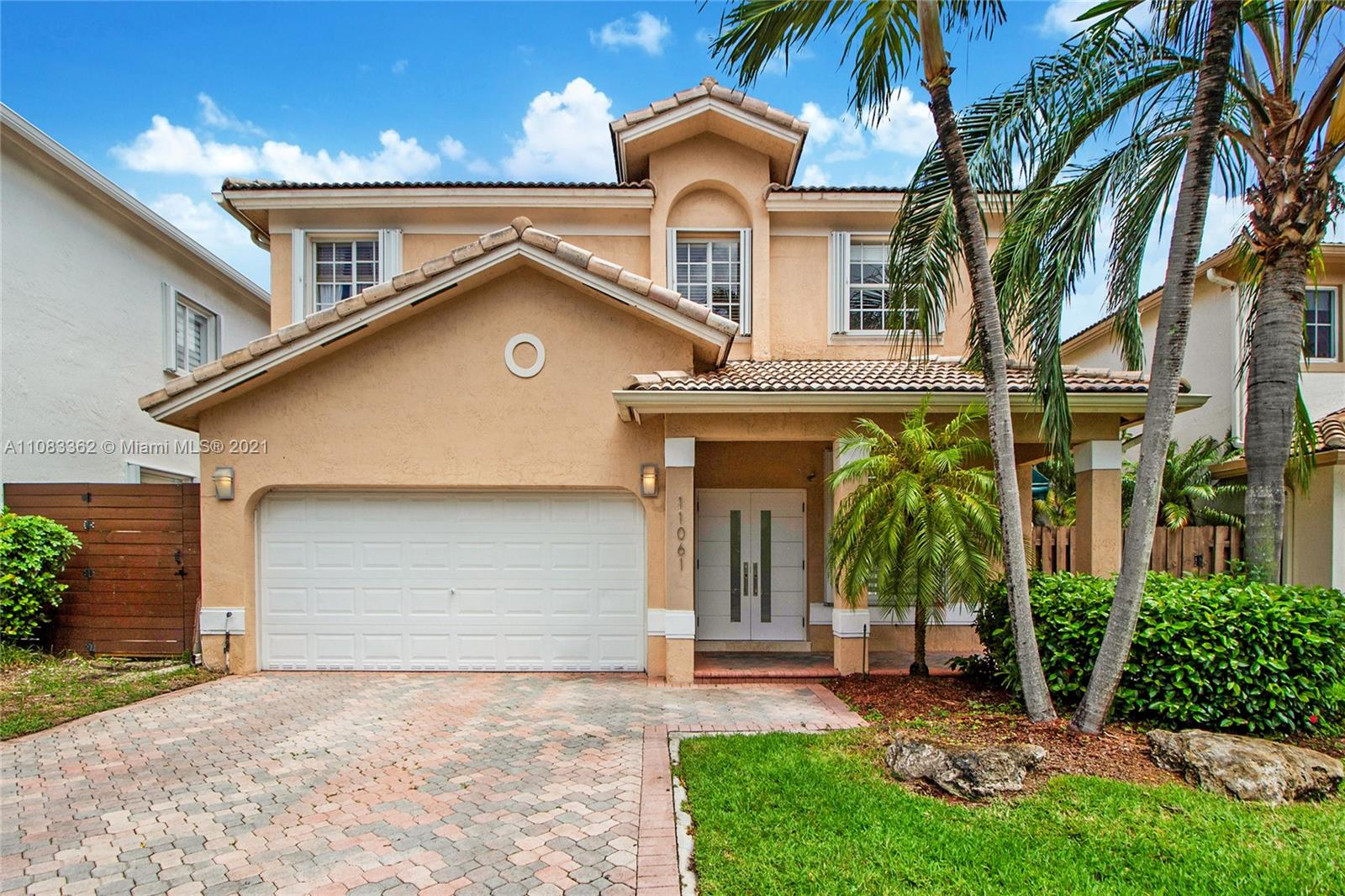 11061 NW 72nd Ter  For Sale A11083362, FL
