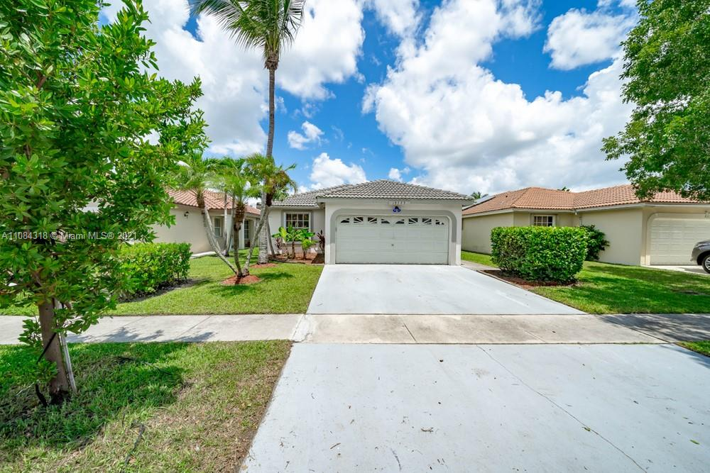 18323 NW 7th #18323 For Sale A11084318, FL