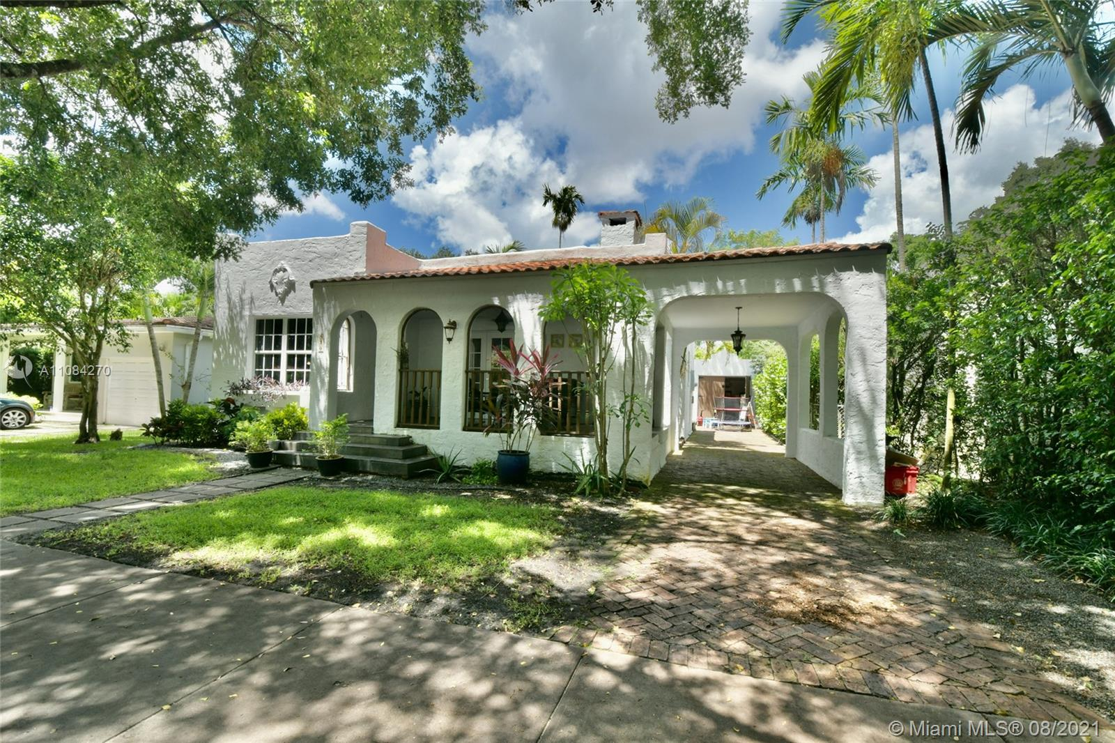 830  Pizarro St  For Sale A11084270, FL