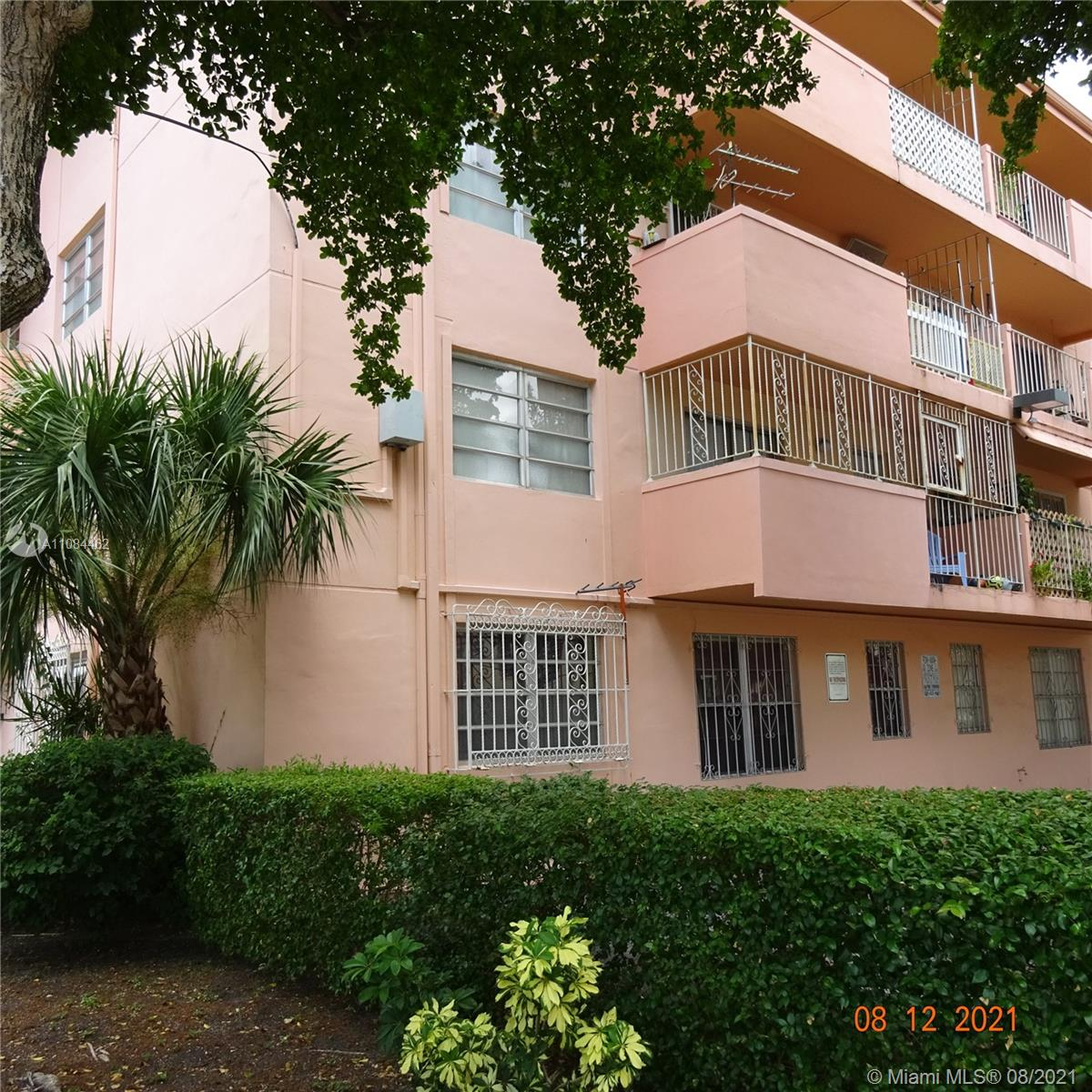 755 SW 6th St #2 For Sale A11084462, FL