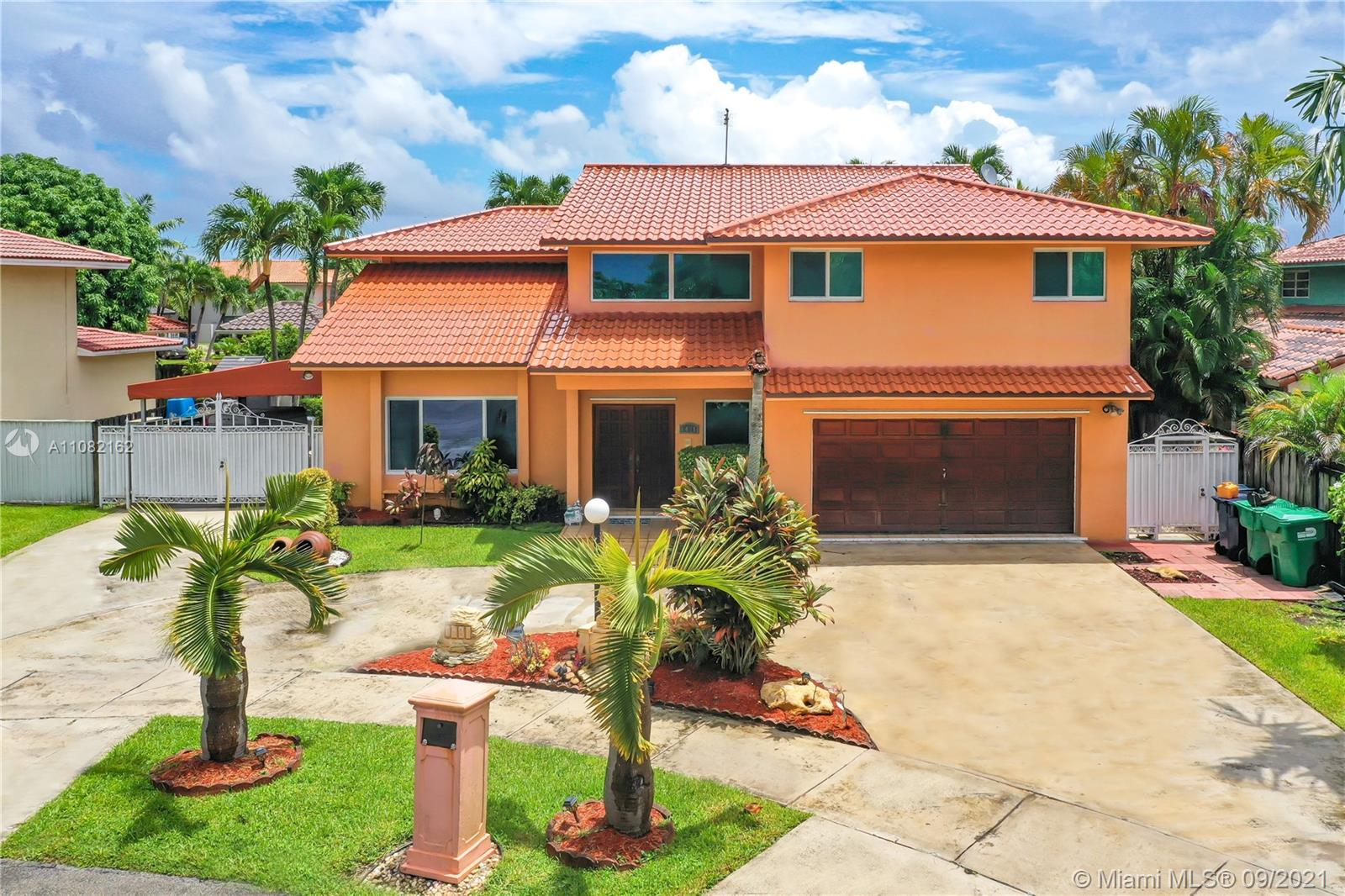 1431 SW 103rd Pl  For Sale A11082162, FL