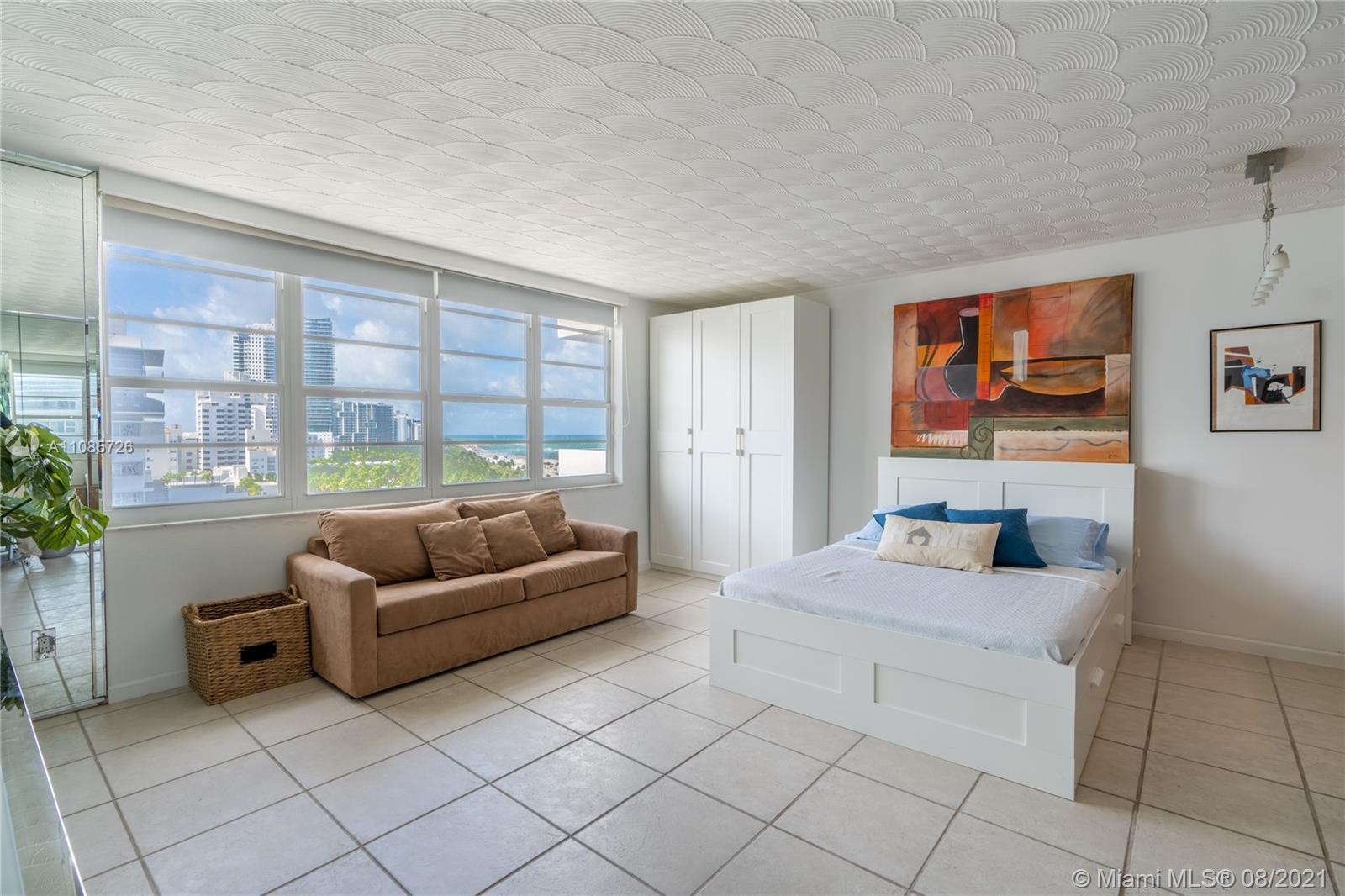 100  Lincoln Rd #1039 For Sale A11085726, FL