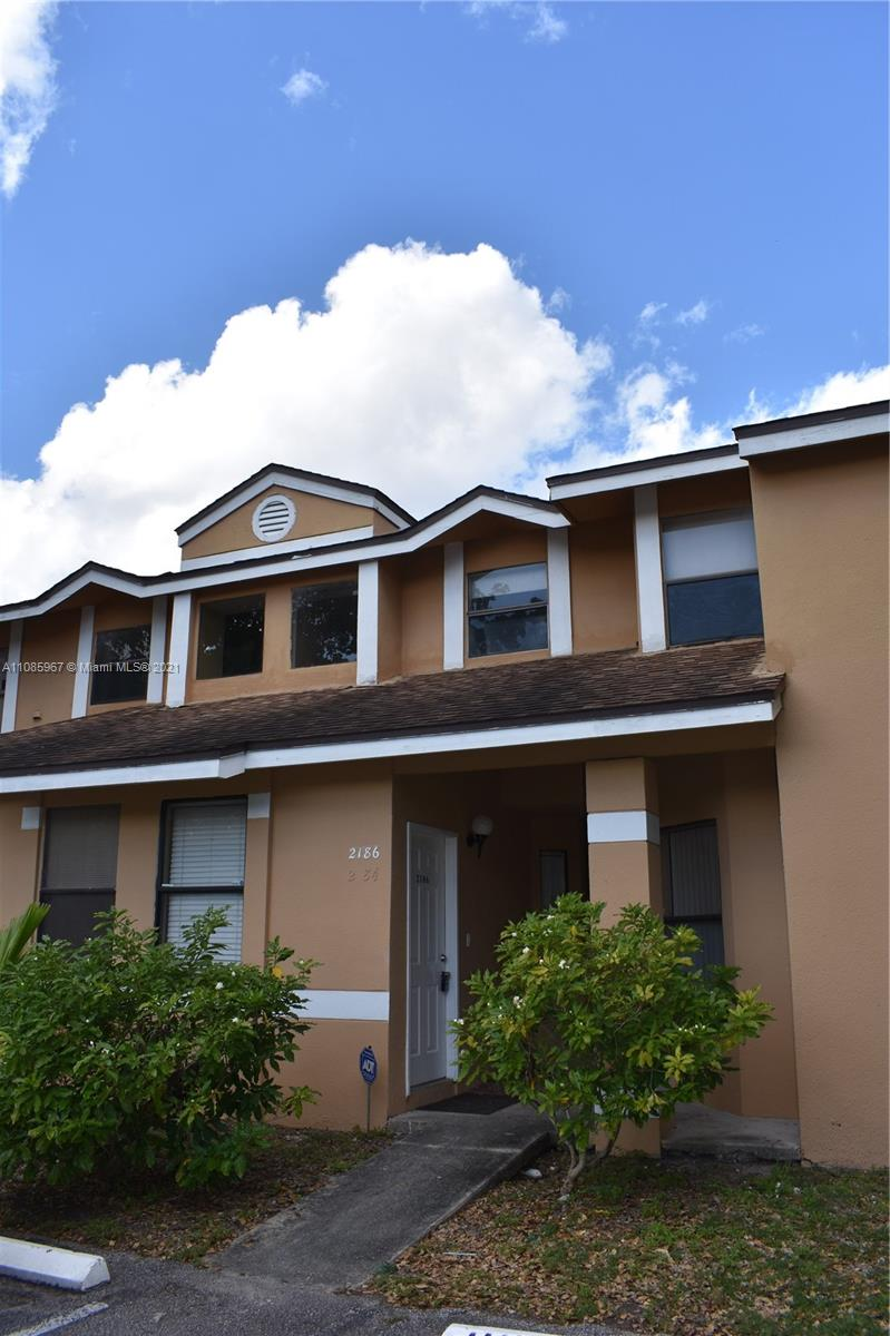 2186 SW 80th Ter #2186 For Sale A11085967, FL