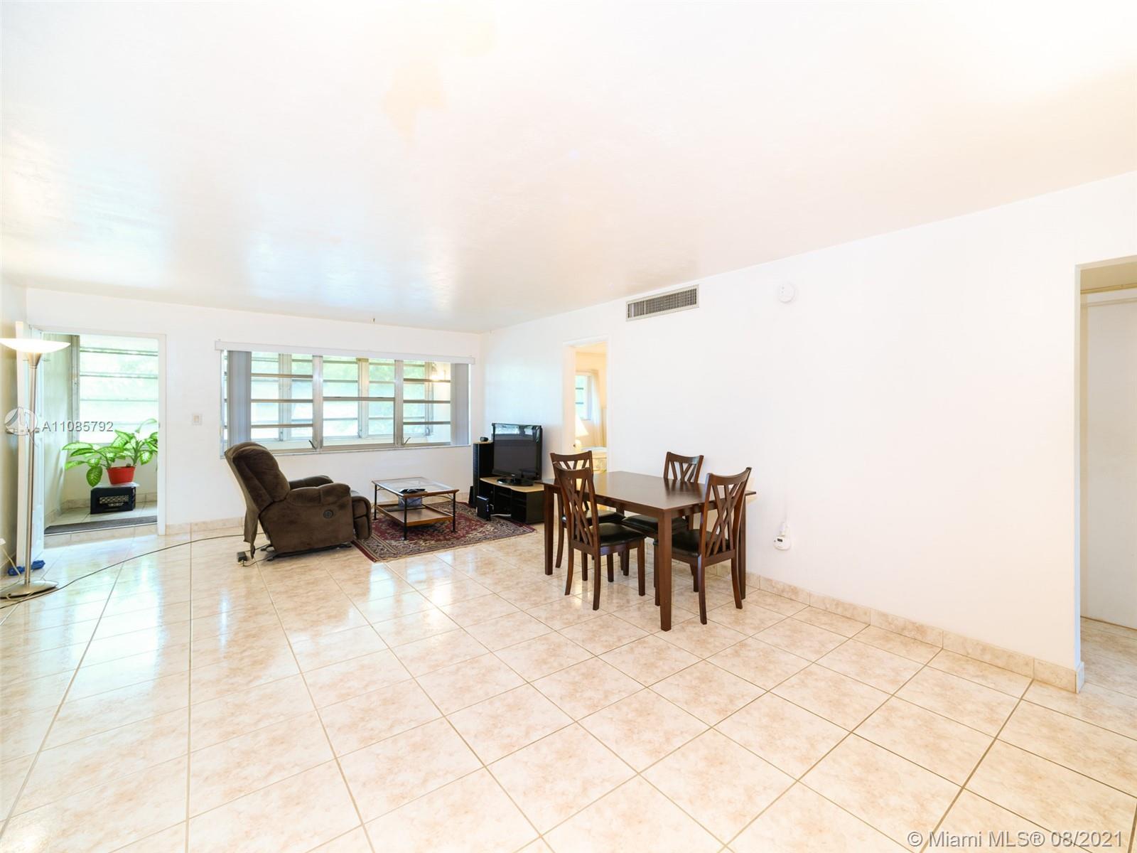 1550 191st St Unit 303, Miami, Florida 33179