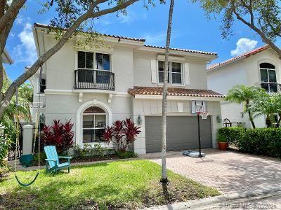 1429  Shoreline Way  For Sale A11085578, FL