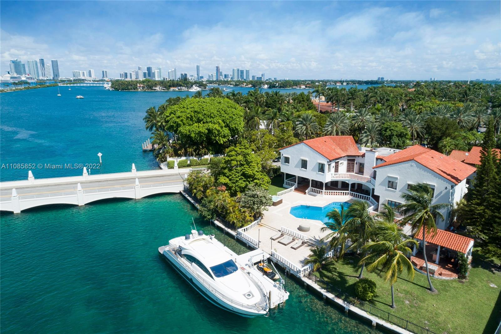 Now is the time to secure one of the last available opportunities to build your dream home on Miami's ultra-exclusive Island to the Stars. Star island is a guard gated private island with only 34 homes located in Miami Beach and within minutes to the Financial District and the very best of South Florida. Build on over an acre with 190' of waterfrontage and a deep-water dock with high 65' bridge clearance for large yachts. With over $300 million sold on Star Island since last year including 5 sales between $32.9M and $49.5M, this is your call to action. *Renderings for illustration purposes only; sale does not include new construction or plans.