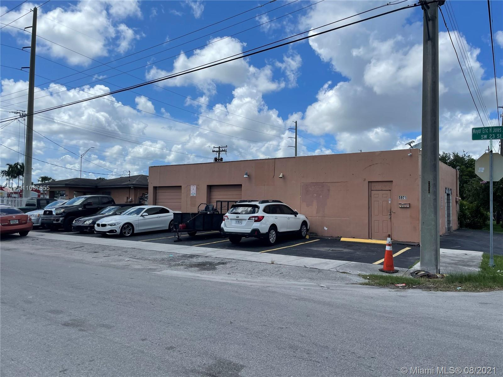 5991 SW 23rd St, West Park, FL 33023