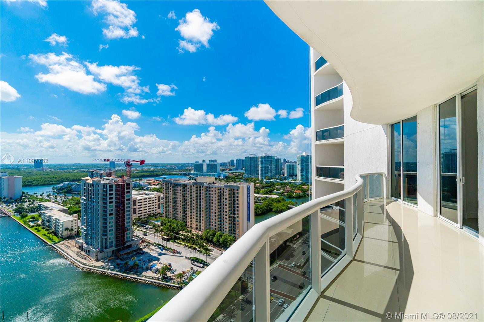 15811  Collins Ave #2105 For Sale A11087732, FL