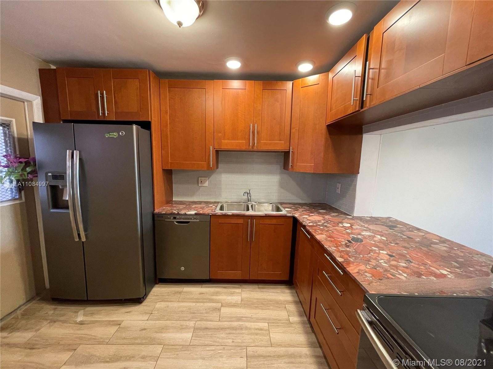 215 SE 3 Ave #306C For Sale A11084997, FL