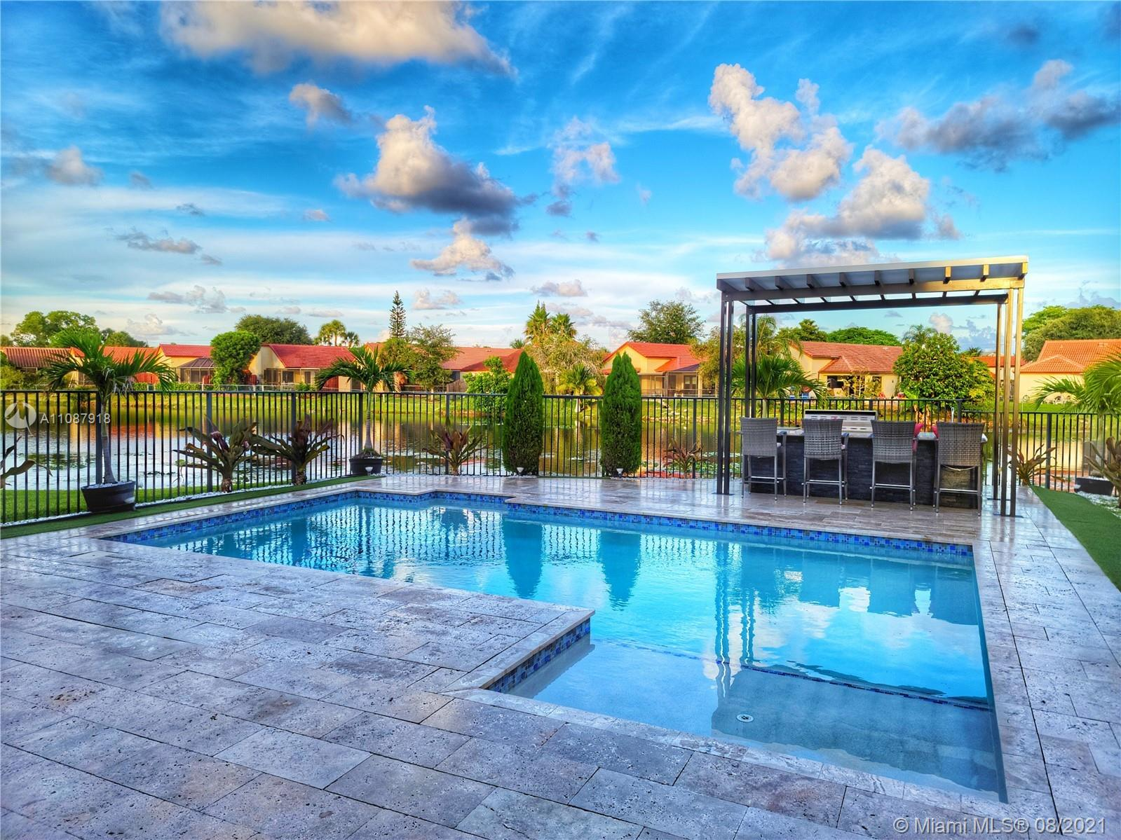 735 SW 113th Ln  For Sale A11087918, FL