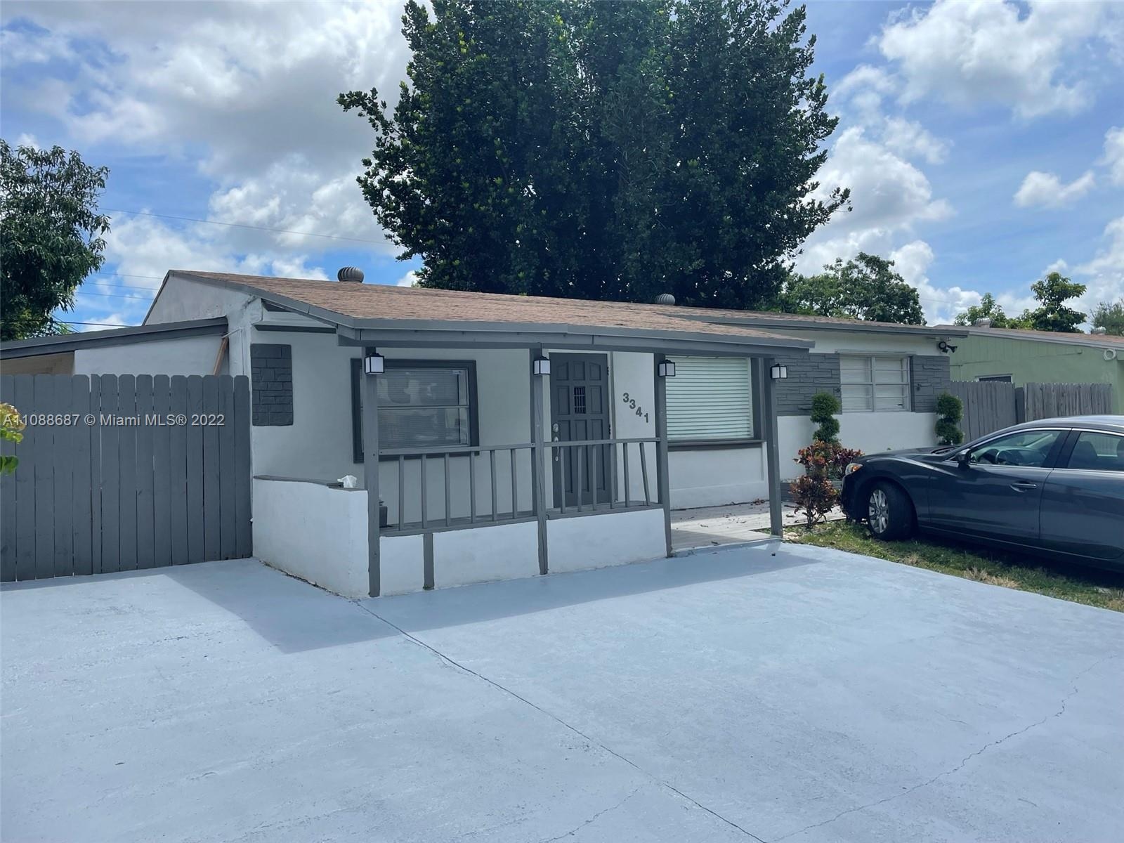 3341 N 72nd Way  For Sale A11088687, FL