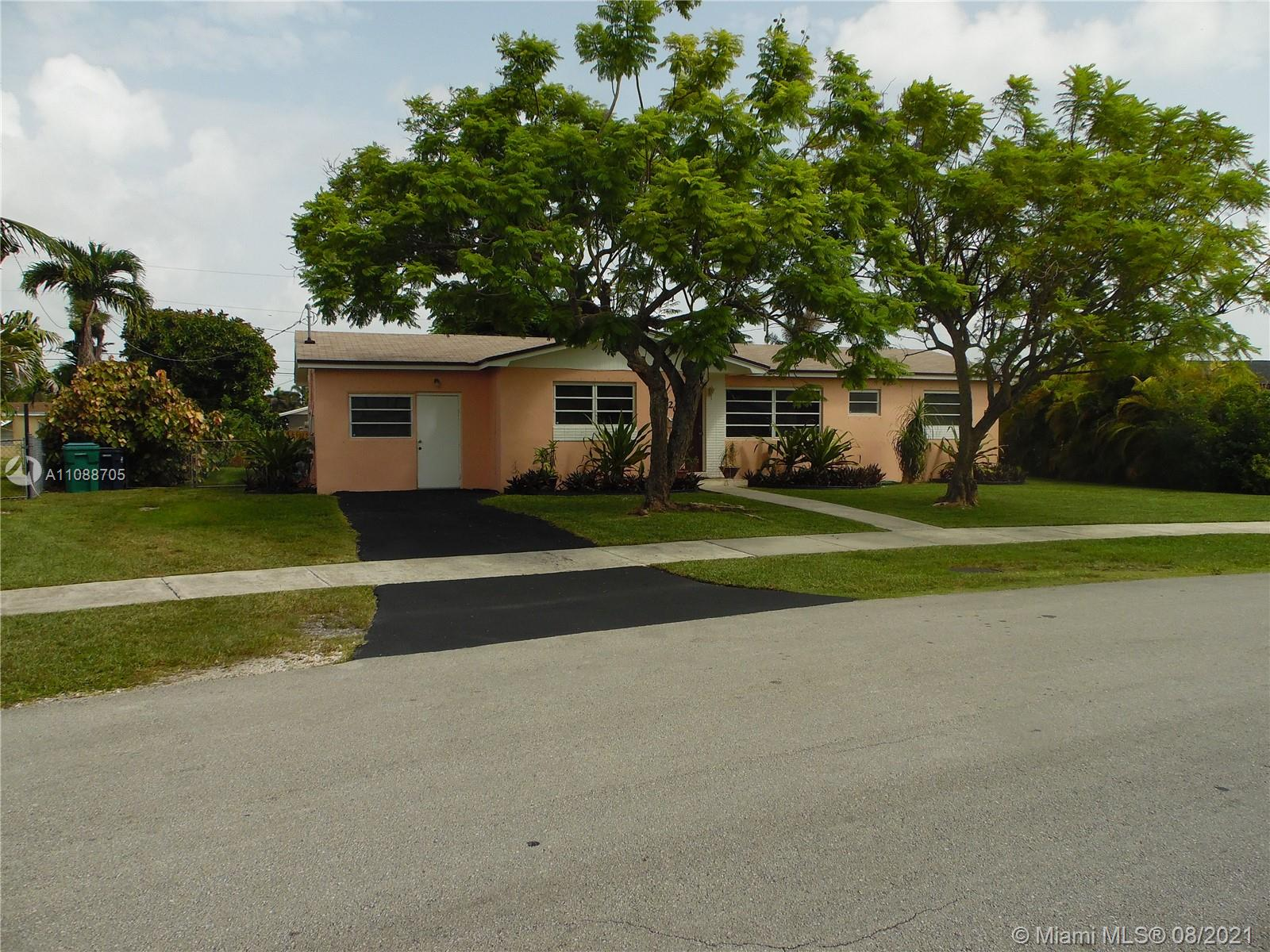 20201 SW 104th Ct  For Sale A11088705, FL