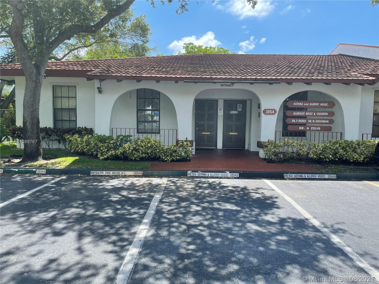 3854  Sheridan St #A For Sale A11088767, FL