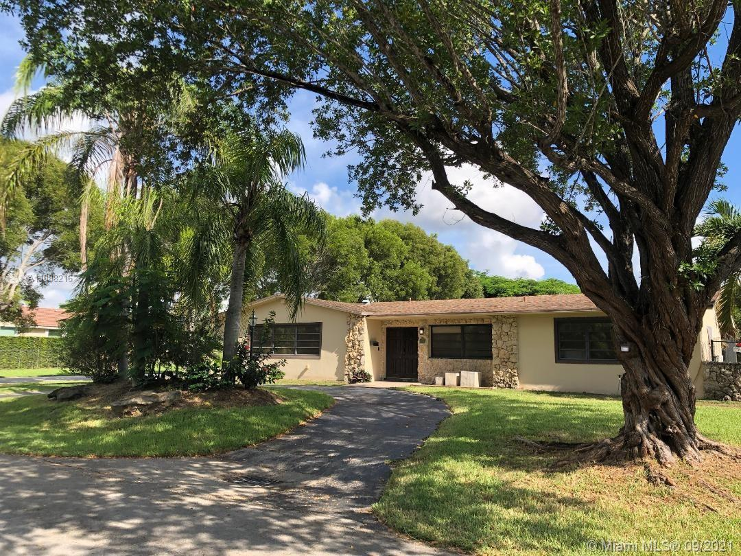 8385 SW 163rd St  For Sale A11088216, FL