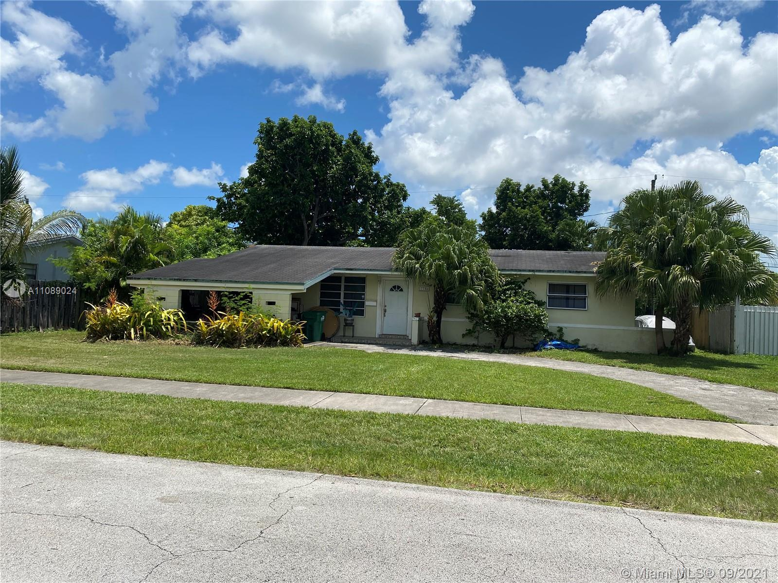 17781 SW 113th Ave  For Sale A11089024, FL