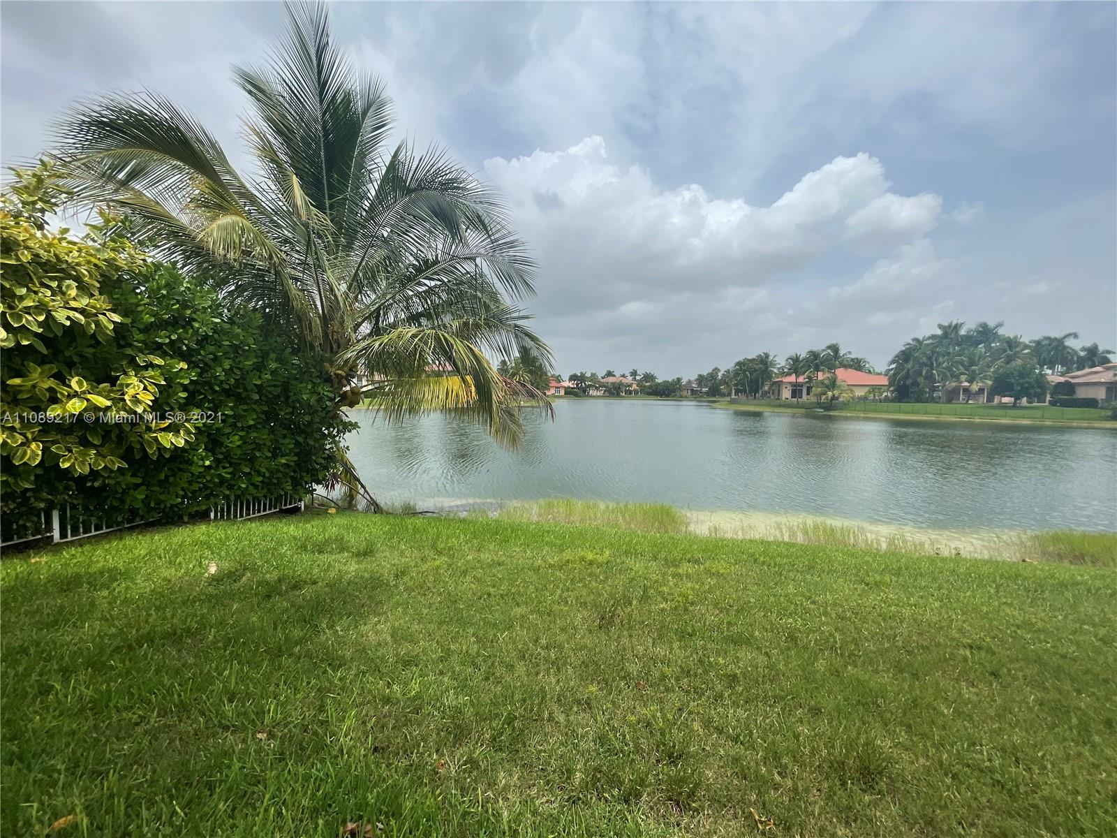 18571 SW 44th St  For Sale A11089217, FL