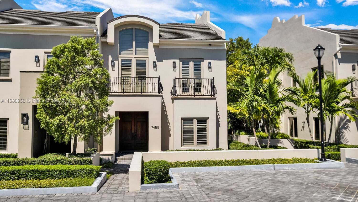 7450 SW 56th Ct #7450 For Sale A11089056, FL