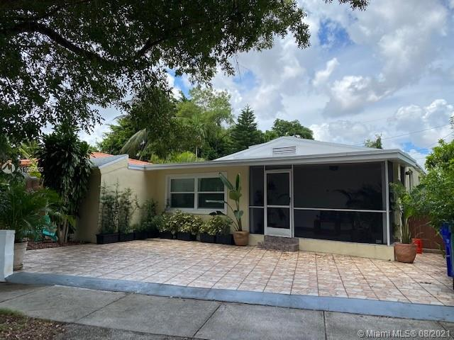 2221 SW 26th Ln  For Sale A11089855, FL