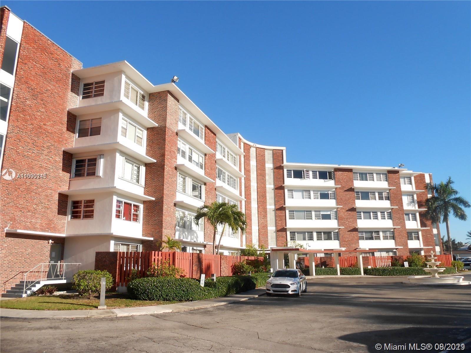 1700 105th St Unit 101, Miami Shores, Florida 33138