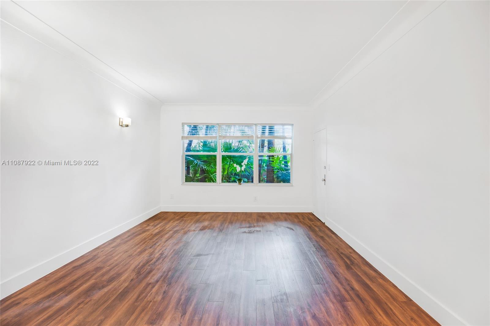 1446  Lenox Ave #5 For Sale A11087922, FL