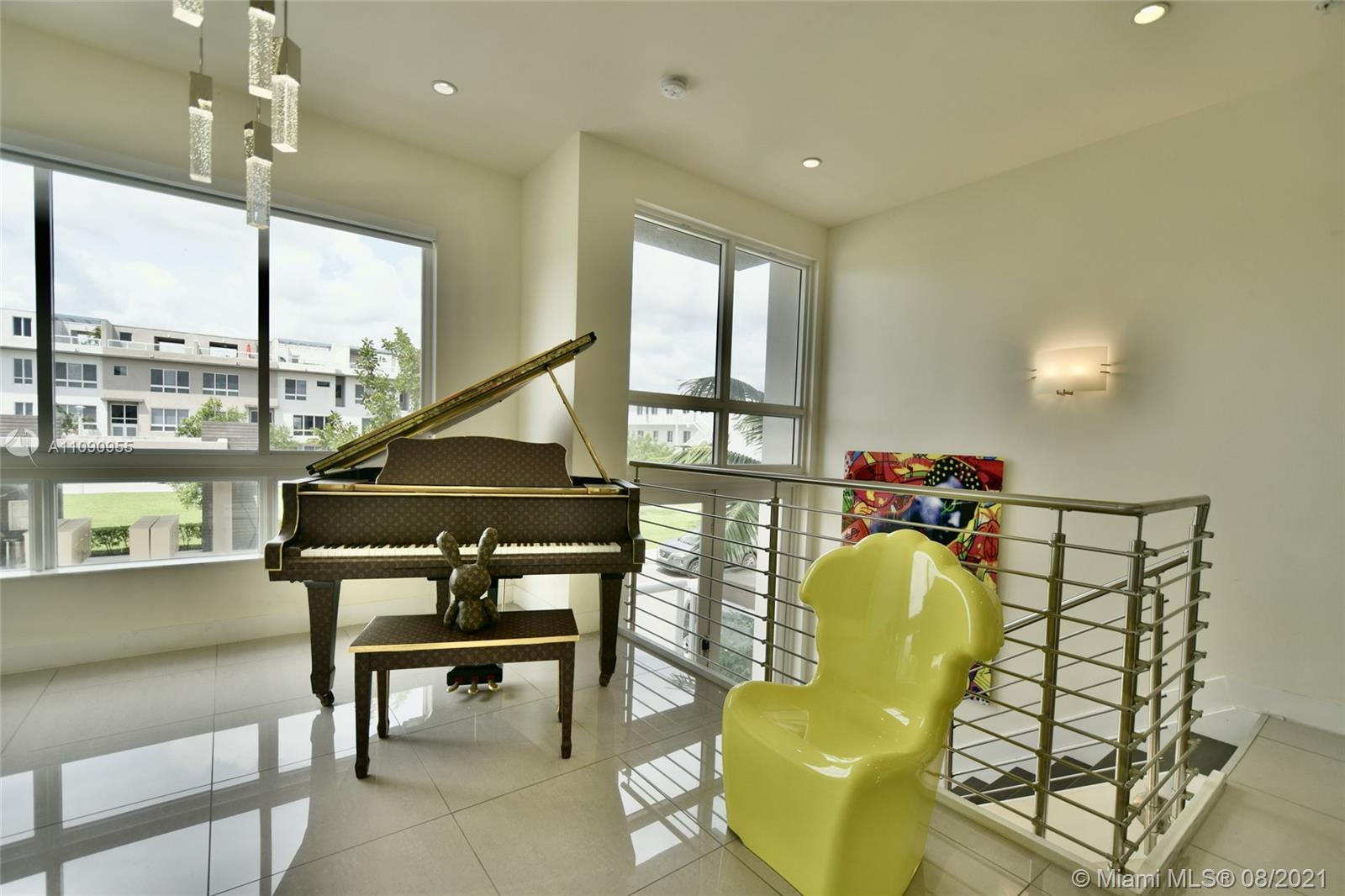 10342 NW 64th St  For Sale A11090955, FL