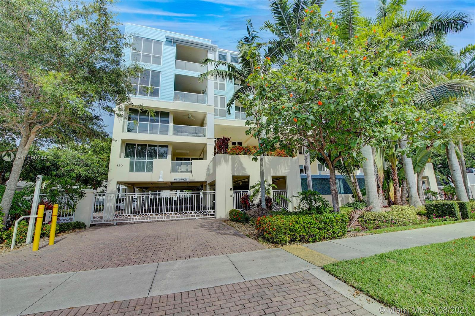 120 SE 19th Ave #404 For Sale A11090244, FL