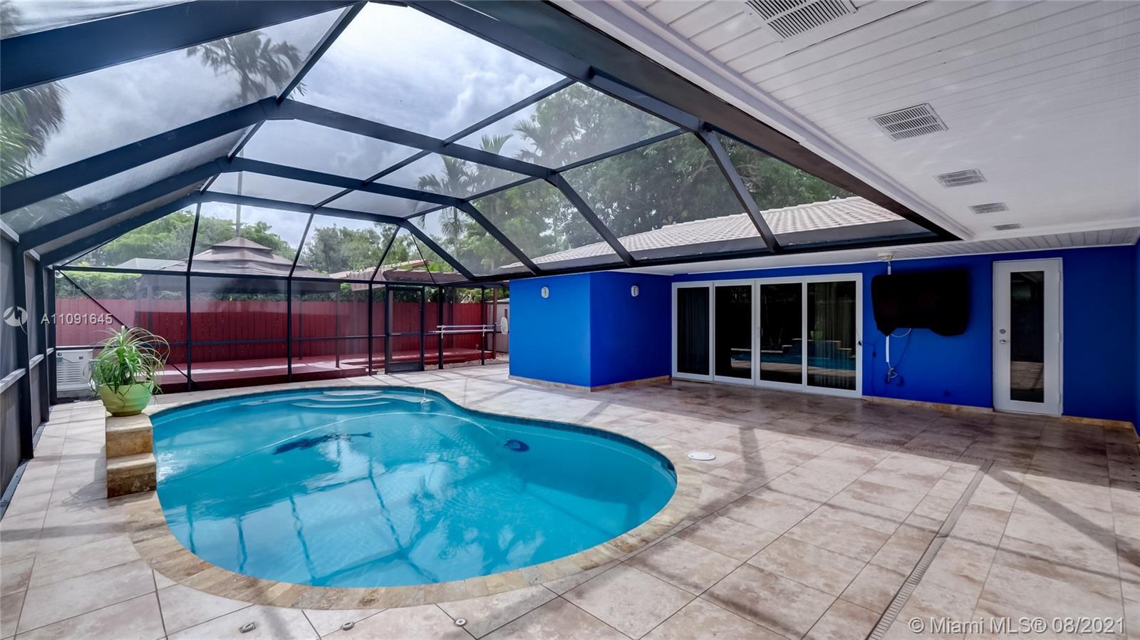 14121 Cypress Ct, Miami Lakes, Florida 33014